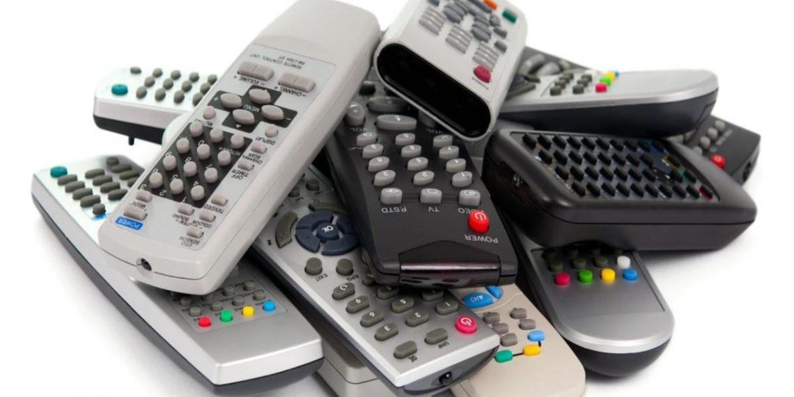 Пульты для телевизоров приравняли к курительным принадлежностям