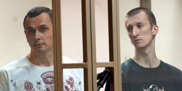 СМИ назвали сроки передачи Сенцова и Кольченко на Украину