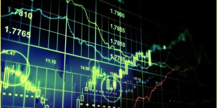 Хедж-фонды США обнулили ставки на падение рубля впервые за пять лет
