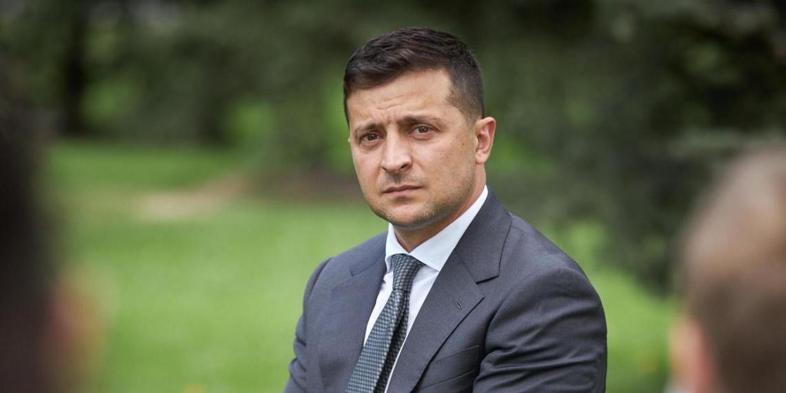 Зеленский готов ввести санкции против России из-за Навального
