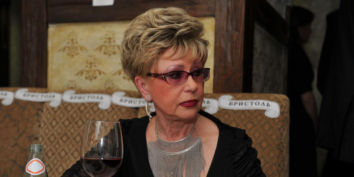 """""""Принеси мне бутылочку"""": друг Светланы Моргуновой рассказал о ее алкоголизме и деменции"""