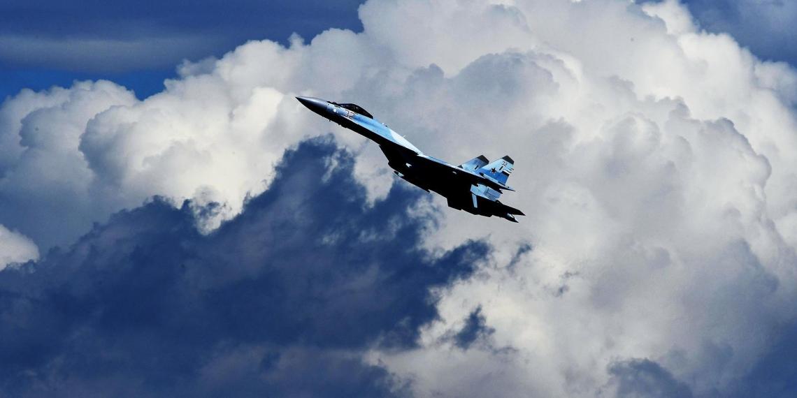 Bloomberg узнал об отказе Индонезии приобрести российские Су-35 после угроз США