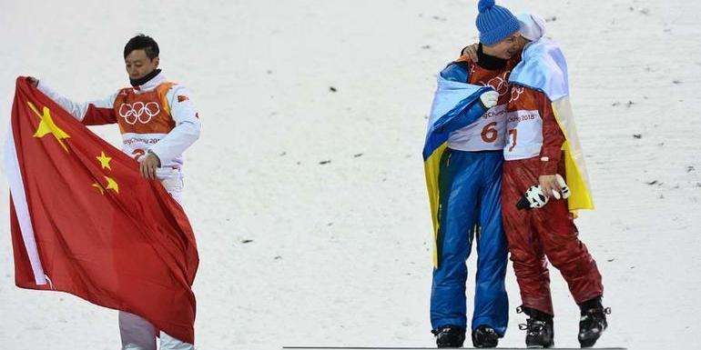 В Киеве раскритиковали украинца Абраменко за объятия с россиянином на Олимпиаде