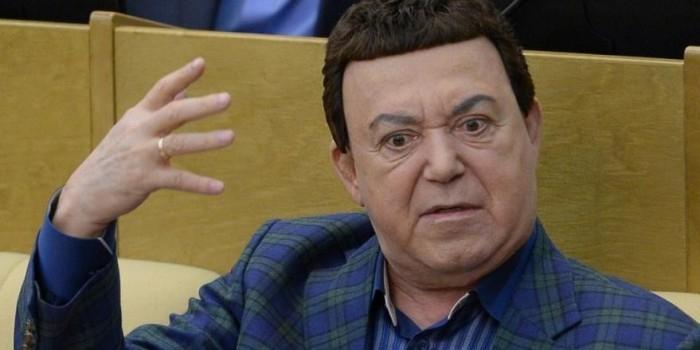 """Кобзон назвал Ротару """"мастером фонограммы"""" и призвал судить артистов за обман зрителей"""