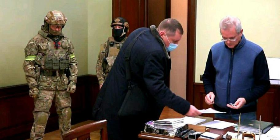 Изъятые у задержанного пензенского губернатора миллионы сняли на видео