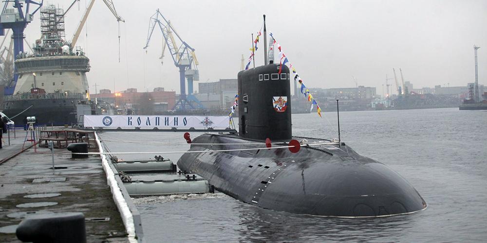 """Подлодка """"Колпино"""" вышла на учения в Черное море на фоне маневров НАТО"""