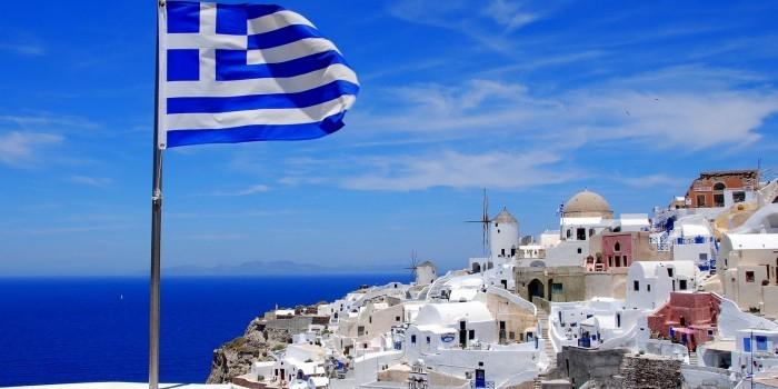 Турпоток из России в Грецию вырос в марте более чем на 500%