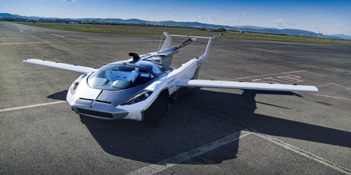 Прототип летающего автомобиля AirCar совершил первый в мире междугородный перелет