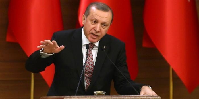 Эрдоган заявил о праве Турции вести операции против курдов в Сирии