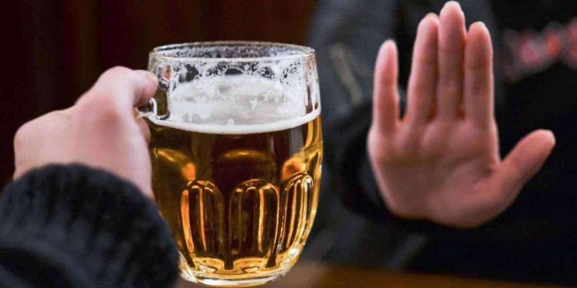 ВЦИОМ: более трети россиян не употребляют алкоголь