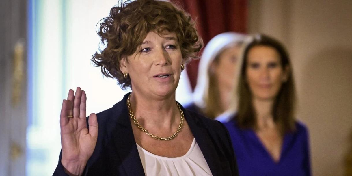 В Бельгии вице-премьером стал трансгендер