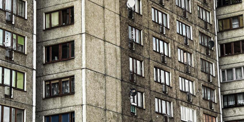 Чиновник из ХМАО украл 5 квартир и согласился вернуть только одну